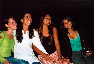 Clara, Grazi, Mariana and Andreia perform for the group