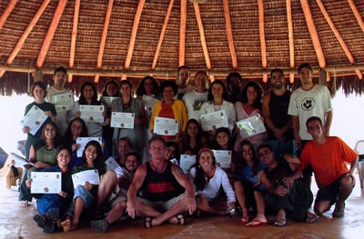 Our happy graduates gather in the oca, Nutrindo as Raízes, Brazil.