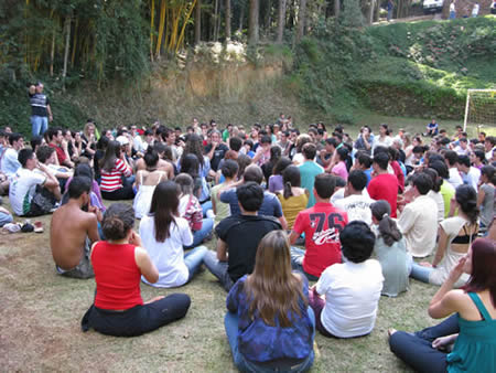 Solar/lunar breathing with 250 young Brazilians